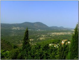 view to mountains by ShlomitMessica