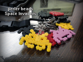 Space Invader Keychains by angelicetherreality