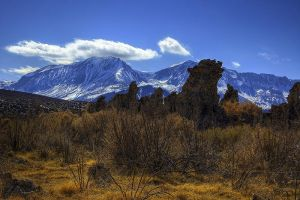 Tufa Towers and the Sierras by shubat