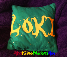 Pillows: Loki by AkaKiiroMidoriAoi