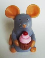 Mini Rat with Cupcake Ornament by philosophyfox