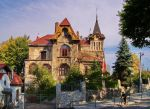 My home is my .... castle by starykocur