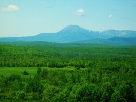 Mount Katahdin by CartoonWhore