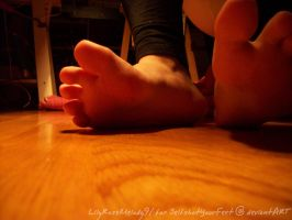 Sarah's Yummy Toes n Soles by SelfshotYourFeet