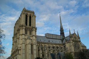 Notre Dame in the sky by DrakseidFM