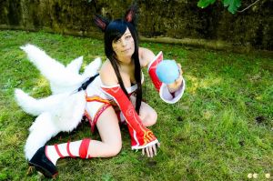 Ahri Cosplay - League Of Legends (LoL) ~28 by LyoeItsumi