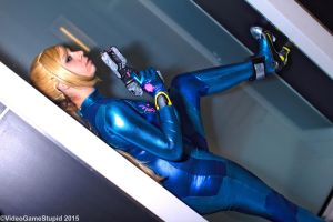Katsucon 2015 - Zerosuit Samus(PS) 08 by VideoGameStupid