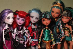 Monster High 2-25-12 by Armeleia