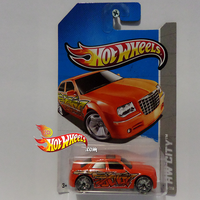 CHRYSLER 300C HEMI Graffiti Riders by idhotwheels
