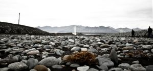 Stony Beach by valkyrjan