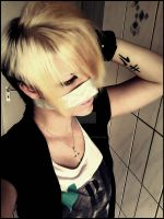 Reita Cosplay Zivil by Kaito-Of-GazettE