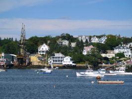 Boothbay Harbor Maine by davincipoppalag