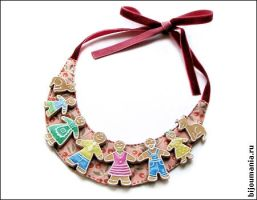 Necklace Gingerbread Family by allim-lip
