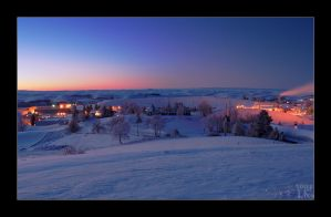 Snowy Sunrise HDR - Black by whitelouis