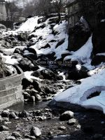 A stream of melted ice.. by umerr2000