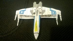 Facebook Origami X-Wing by taerkitty