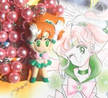 Kawaii Sailor Jupiter pink pearl bead necklace by KawaiiMoon24