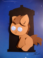 MLP - Baby Doctor Whooves papercraft by caycowa