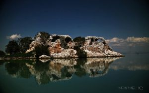 The island of Meys by Hermetic-Wings