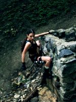 Lara Croft - surmounting an obstacle by TanyaCroft