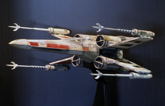 Bandai Big X-Wing by Drell-7