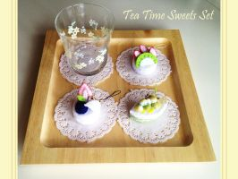 Tea Time Sweets Set Cellphone Straps by naruchama