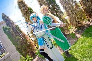 Asuna and Leafa: Fight together by Airadelle