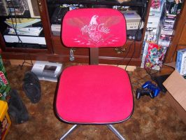 my custom made desk chair by Ozzlander