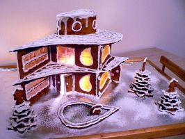 Gingerbread House 2010 by mistymoonlight