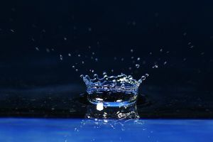 waterdrop by photonensauger