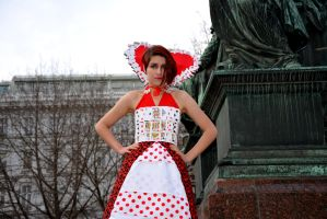 Queen of Hearts by AliceTheInsane