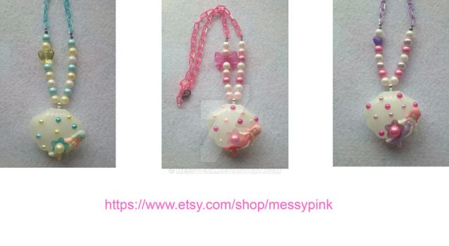 Mermaid Sea Shell Necklace by messypink