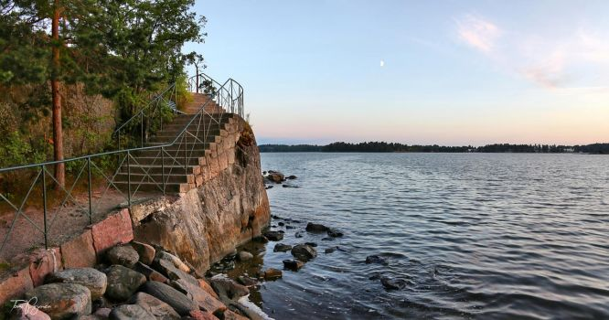 Stone stairs by the sea by Pajunen