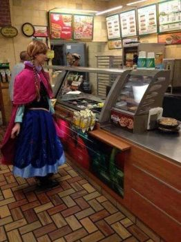 Anna at subway by queenElsafan2015