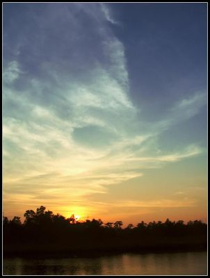 Gradient Sunset by buriedelectric