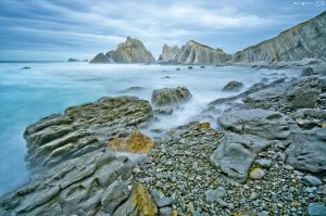 Natural barriers. by MarioGuti