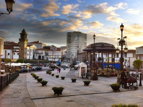 Betanzos Square by ReaGGeR