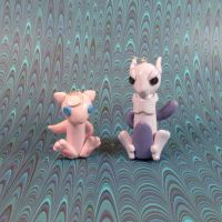 Wobbles: Mew and Mewtwo by okapirose