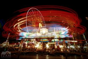 Light trail - Fun Fair by Izam01