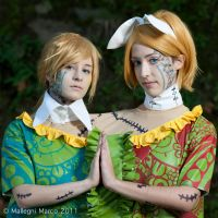 Vocaloid: Dark Woods Circus cosplay IV by Adurnah