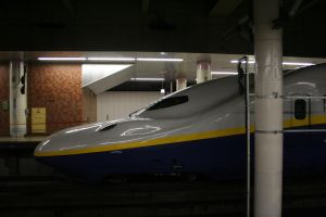 MAX shinkansen by Photography-Forever