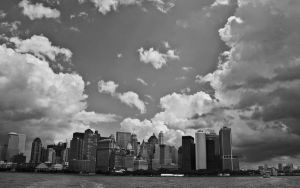 NYC Skyline BW Wallpaper by lowjacker
