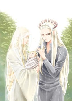 Thranduil and the Queen with Newborn Legolas by eclie