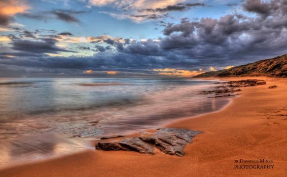 Point Lonsdale Beach HDR by daniellepowell82