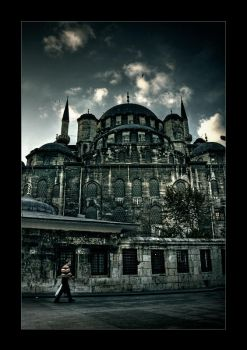 Eminonu Mosque by mutos