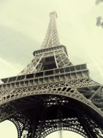 Eiffel by TheSilentRaven